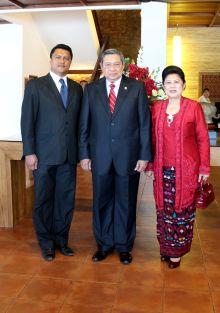 IH E SBY